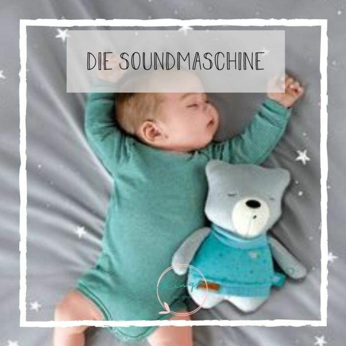 Schlafendes Baby mit Soundmaschine